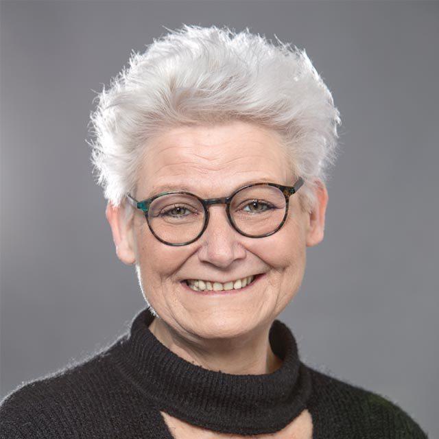 Andrea Lazarus